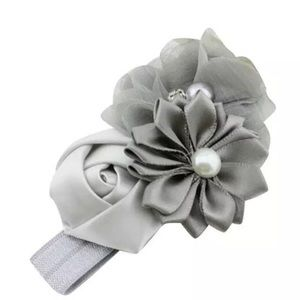 LITTLE GIRLS GREY FLOWER WITH PEARL HEADBAND